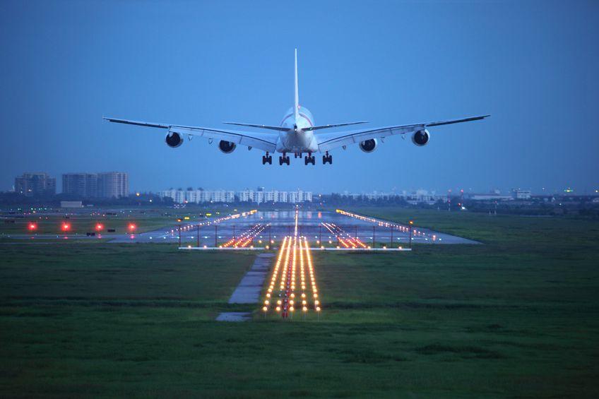 plane-landing-night ToDrone
