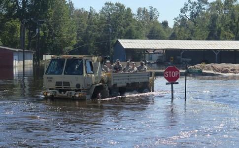 apoyo drones daños huracán Matthew