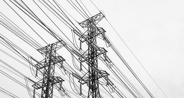 Unión Fenosa revisa redes eléctricas Galicia con drones