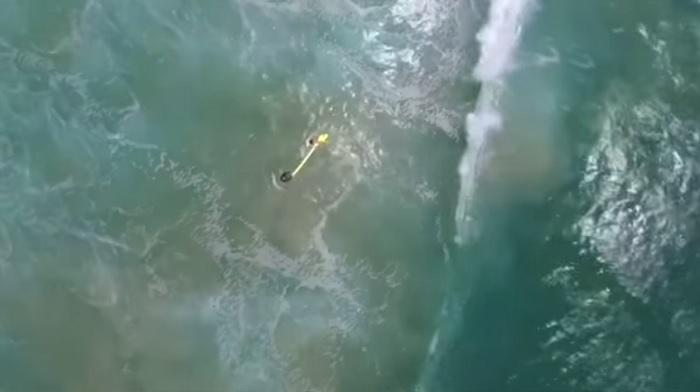 rescate dron surf