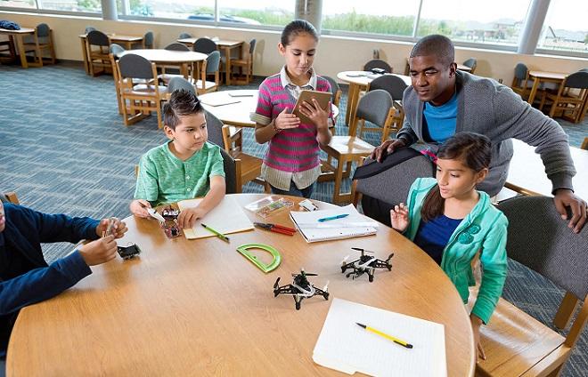 drones en escuelas